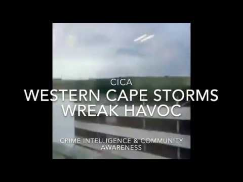 Wild weather in Cape Town uprooting trees, blowing off roofing & causing chaos in the Western Cape