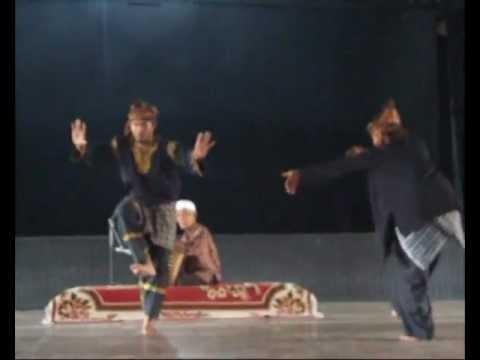 Drama Tari Adok   BUJANGKATAPEL FOUNDATION