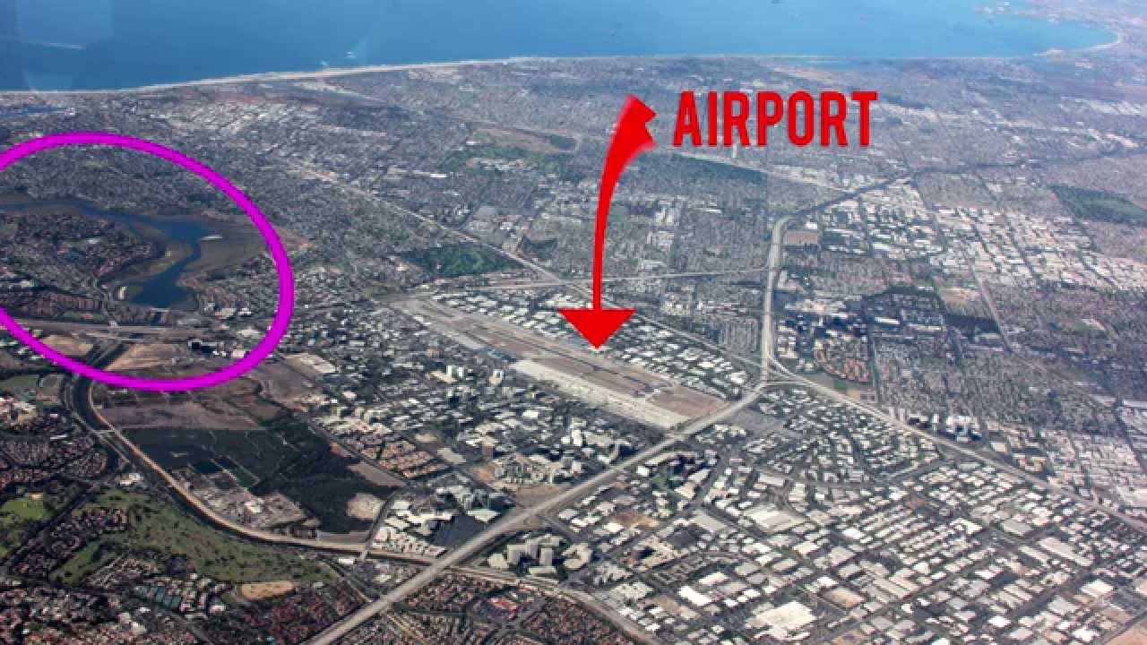 Watch us fly into john wayne santa ana airport youtube watch us fly into john wayne santa ana airport sciox Images
