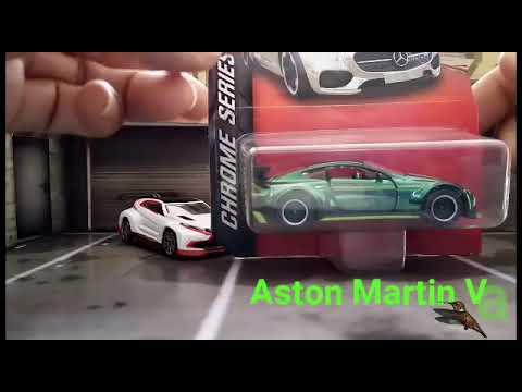 Review Diecast Aston Martin Vantage GT8 Majorette Chrome Series