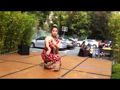 Lao classical dance