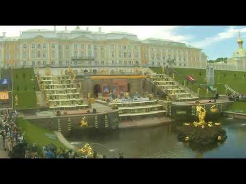 Открытия фонтанов в Петергофе в 2018