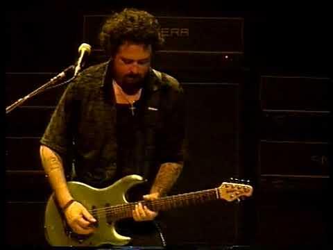 Toto - Jake To The Bone (Yokohama 1999)