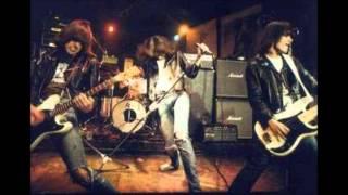 Ramones - Lets Dance - LIVE 8/12/76 ROXY