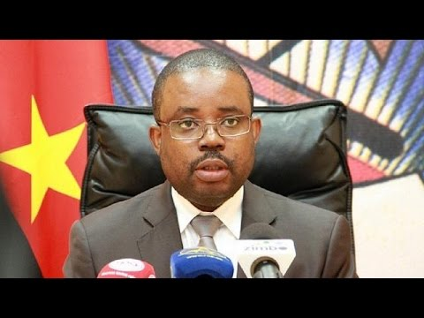 Angola's finance minister fired amid economic slump
