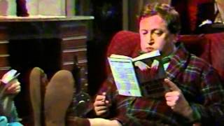 Fleksnes Fataliteter - S05E06 - Morderen som forsvant - 1982 thumbnail