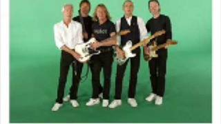 Watch Status Quo Temporary Friend video