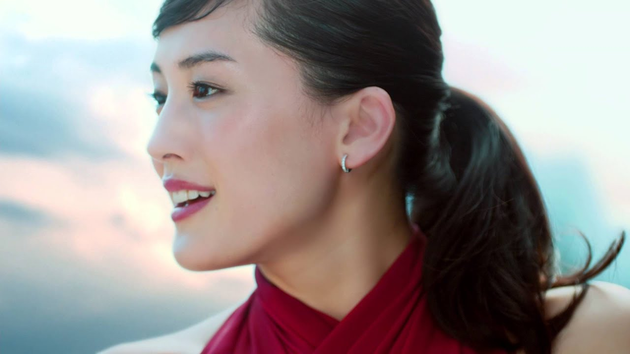 SK-II #changedestiny: 綾瀨遙自信踏入人生新篇章 - YouTube