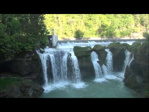 Traunfall : a spectacular waterfall in Austria