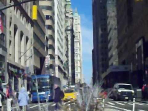 CHARGING BULL by ARTURO DI MODICA (NYC SCULPTURE)