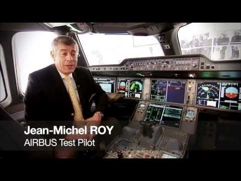 Paris Air Show 2013: Avionics and A350 cockpit workshop