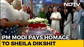 PM Modi Pays Tribute To Sheila Dikshit At Her Delhi Home