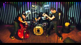 Naked Truckers Rockabilly Trio - Fall Down On Your Knees (rockabilly) (HD)