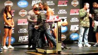 UFC - 108 Rashad Evans vs Thiago Silva - weigh in