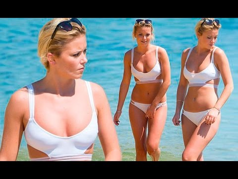Bikini clad Olivia Bentley hits the beach in Sydney moves on from Made In Chelsea suspension after b