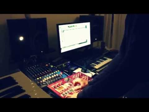Redrum Alone meets Ploytec Pl2 synthesizer