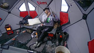 Overnight Winter Ice Camṗing in OFF-GRID Tent!