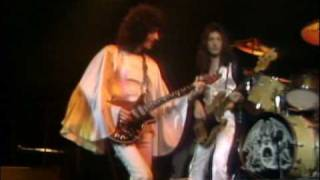 Queen - Now I'm Here - Hammersmith Odeon, London - 1975/12/24