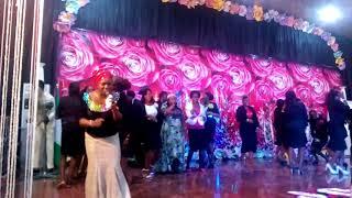 Bunmi Akinnanu Performing on stage aka OMIJE OJUMI