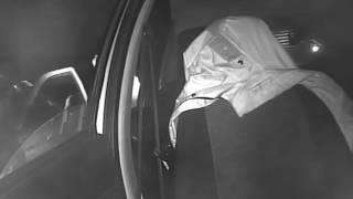 В Саратове пьяная женщина-водитель заигрывала с инспекторами ДПС