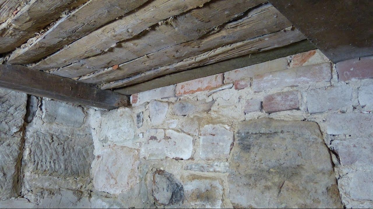 Fußboden Im Fachwerkhaus Erneuern ~ Spunddecke im fachwerkhaus aus stakhölzern und lehm ausbessern