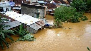 Toàn cảnh lũ lụt ở Bình Định, Quãng Ngãi, Quảng nam, Đà Nẵng...