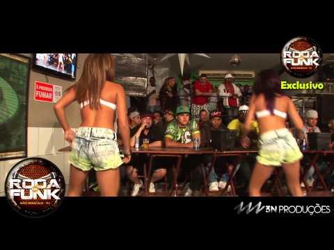 MC Bruninho & As Meninas do Funk :: Medley ao vivo na ...