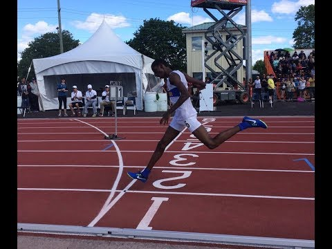 abdullahi-hassan-with-a-huge-kick-to-win-ofsaa-grade-9-800m-title