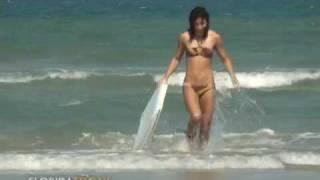Hot girls, cool guys: Metromix Brevard hangs out at Cocoa Beach