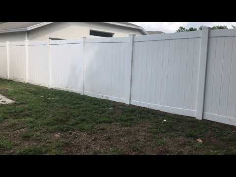 How to clean a white pvc fence - Riverview Florida softwashing