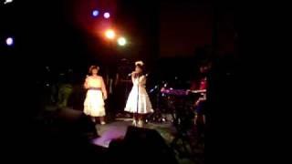 アニソンライブJAPAN2009(2009年11月22日、神戸湾岸倉庫ZINK)にて。お...