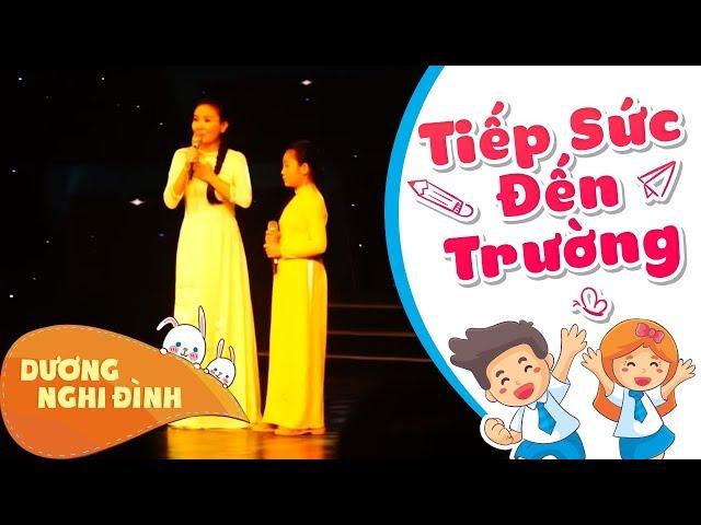 NGƯT Thanh Ngân cùng Nghi Đình hát trong Lễ trao học bổng - Tiếp sức đến trường