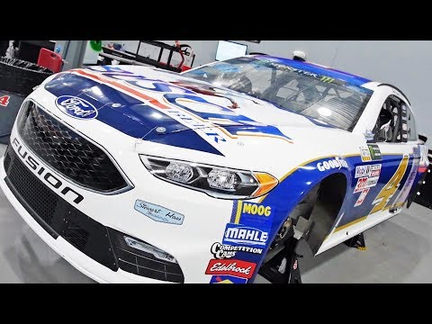 VLOG - Tour of the Stewart-Haas Racing Shop!