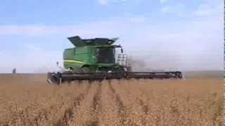 Video John Deere S690 Combine Harvesting Soybeans download MP3, 3GP, MP4, WEBM, AVI, FLV November 2017