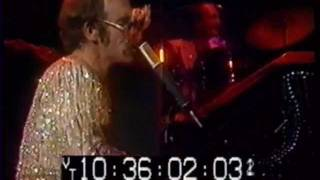 08 - Lucy In The Sky With Diamonds - Elton John - Live at The Hammersmith Odeon 24-12-1974
