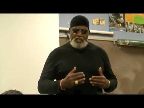 Dr. Harry Edwards talks Jeremy Lin - YouTube