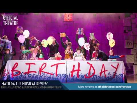 Matilda the Musical Review Cambridge Theatre  ★★★★★