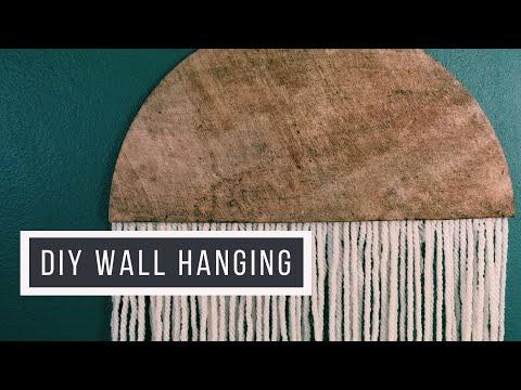 diy-yarn-and-wood-wall-hanging//-boho-decor