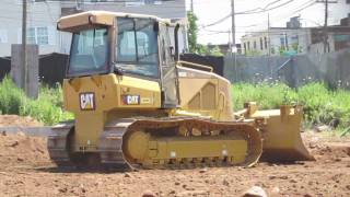 Cat D5K LGP spreading soil *720P HD*