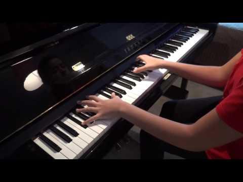 Elif Naz plays Schumann carnaval de Vienne Intermezzo
