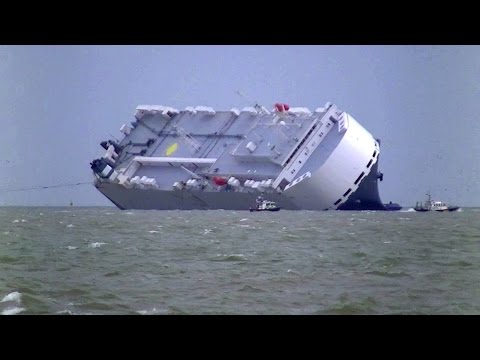 Beached Car Carrier  Hoegh Osaka re-floats  itself