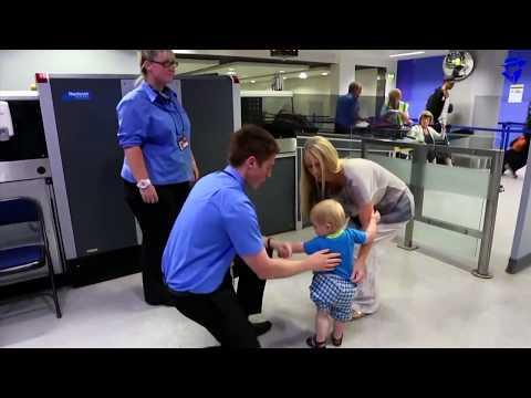 एयरपोर्ट में पकड़ी गई 5 चौंकाने वाली चीज़ें // 5 craziest things Found in AIRPORT