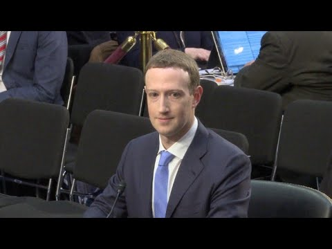 afpes: Zuckerberg, centro de la polémica de negación del Holocausto