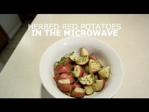 Herbed Red Potatoes in the Microwave : Potatoes