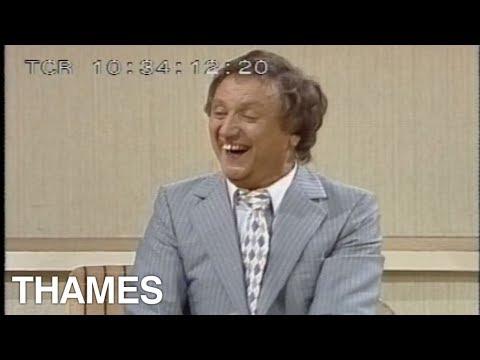 Ken Dodd Interview | Tickling Stick |Des O Connor tonight | 1983