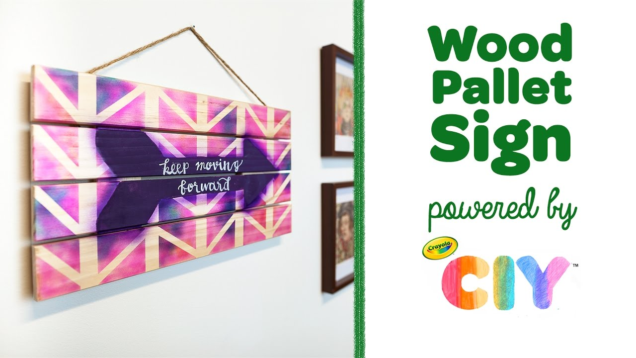 Crayola Ciy Create It Yourself Wood Pallet Sign Feat Air Marker Sprayer