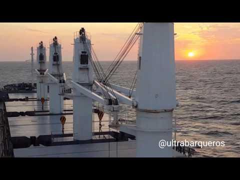 "Bulk Carrier ""SEA SMILE"" - Just 19 seconds of #Sunset #RioDeLaPlata - 1956 - 02.January.2017"