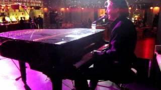 Al James - Paloma Faith Upside Down live at Edinburgh Jamhouse 2010