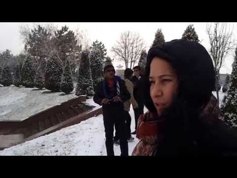 A guide explaining a tourist place in Tashkent in winters