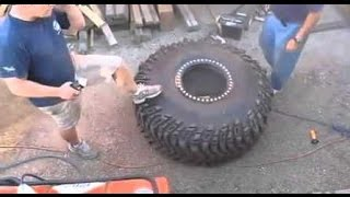 Взрыв колеса  от грузовика в сервисе.(Взорвалось колесо от грузовика в сервисе. Есть пострадавшие., 2016-01-27T21:12:07.000Z)